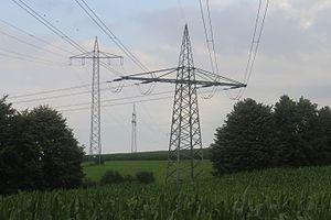 Overhead line crossing - Image: Bahnstromfreileitung skreuzung Eichenzell 23072016 2