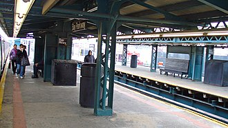 Bay Parkway (BMT West End Line) - Image: Bay Parkway NYC Subway Station by David Shankbone