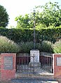 Beaurains-lès-Noyon Monument.jpg