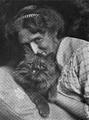 Belle johnson avec chat.png