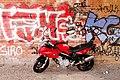 Berlin bmw graffiti mueller breslau 24.04.2012 12-07-38.jpg