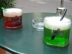 essen und trinken in berlin reisef hrer auf wikivoyage. Black Bedroom Furniture Sets. Home Design Ideas