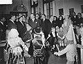 Bezoek koningin Juliana aan het Rooms Katholiek Weeshuis in de Jordaan, Bestanddeelnr 905-9448.jpg
