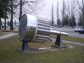 Big european bubble chamber piston.jpg