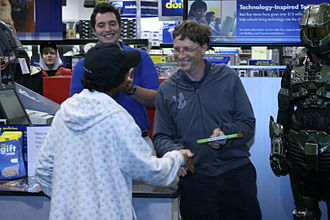 Halo 3 - Bill Gates selling the first official copy of Halo 3 to Ritesh David, at Best Buy in Bellevue, Washington. This was the only item Gates signed at the launch event.