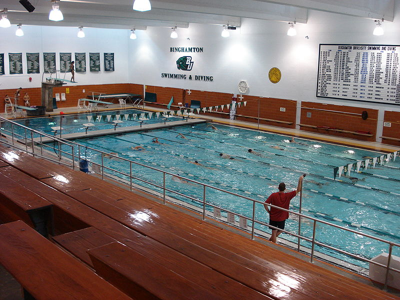 File binghamtonuniversity pool jpg wikimedia commons for Melbourne university swimming pool
