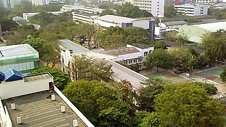 Triam Udom Suksa School - Bird's-eye view of the school area, with Building 2 at the centre