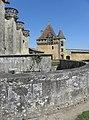 Biron (24) Château - Extérieur - 09.jpg