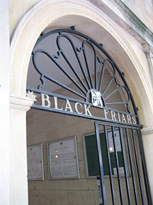The entrance to Blackfriars on St Giles'