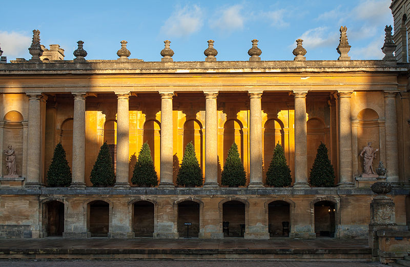 File:Blenheim Palace - Christmas 2012 (Pic 3).jpg