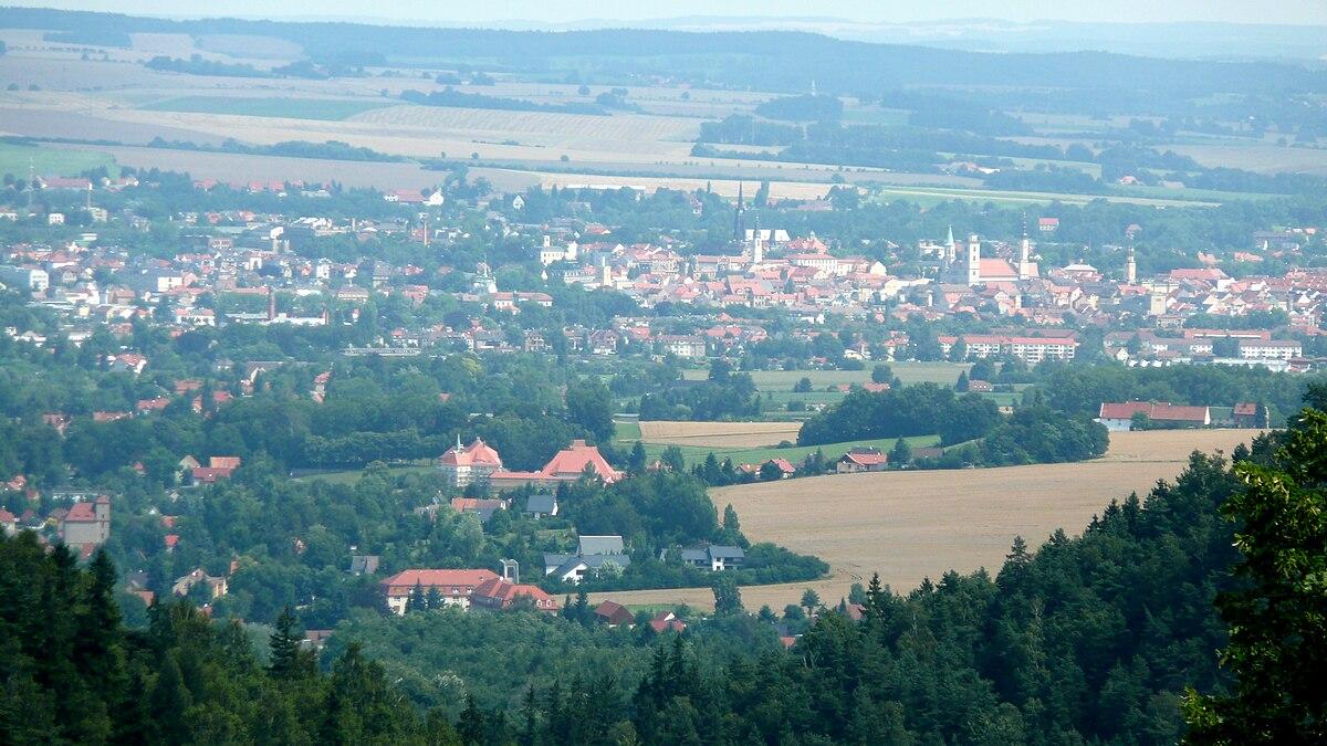 Blick auf Zittau von Oybin.jpg