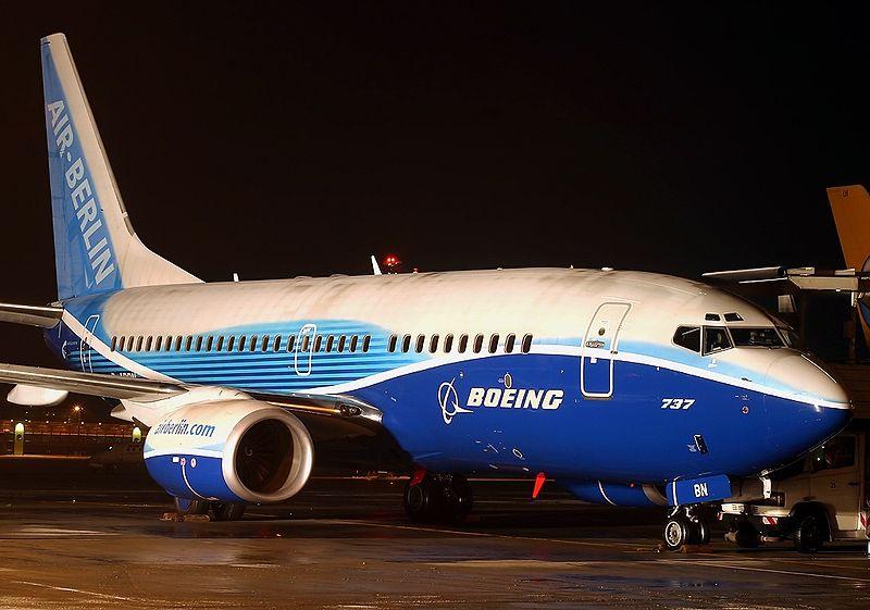 Boeing 737-76Q, Air Berlin AN0775825.jpg