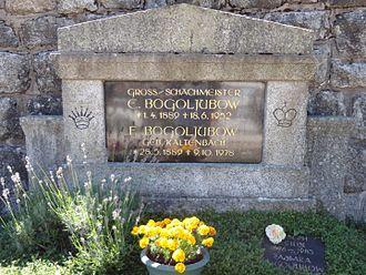 Efim Bogoljubov - Efim Bogoljubov at Triberg  (1.4.1889 – 18.6.1952)