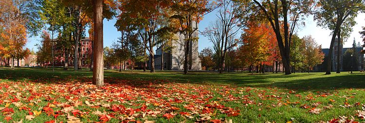 The main Quad of Bowdoin College in the middle of autumn.