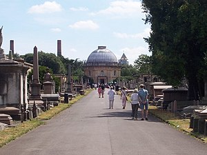 Brompton Cemetery - Main avenue
