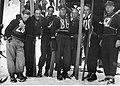 Bronisław Czech Grupa skoczków w trakcie zawodów 1920-1939.jpeg