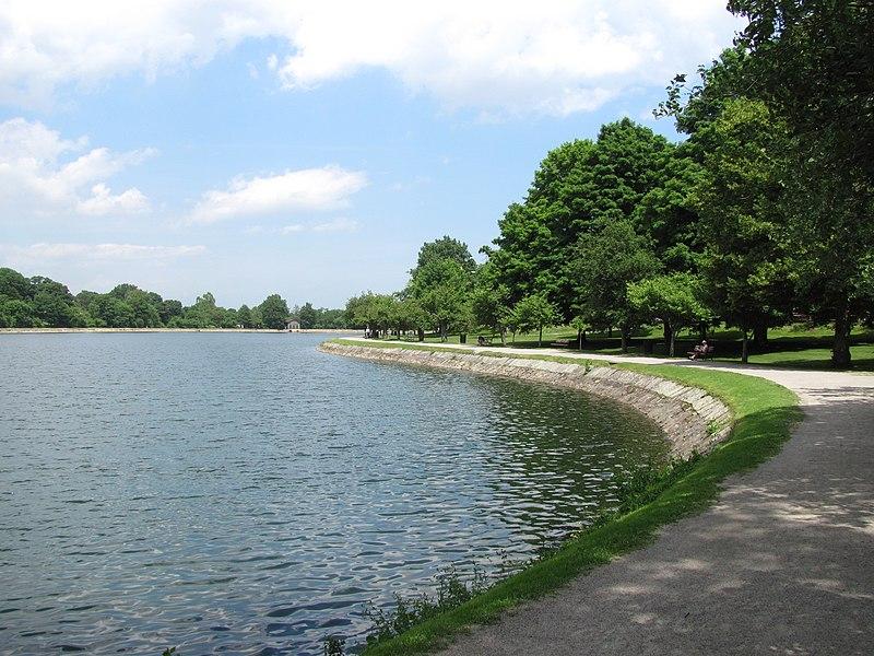 File:Brookline Reservoir, June 2010, Brookline MA.jpg