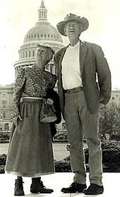 Buddy Ebsen and Irene Ryan from The Beverly Hillbillies - 1970.jpg