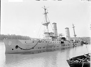 SMS Königsberg (1905) - The battered Königsberg after she was scuttled