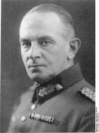 Christian Hansen (general) - Image: Bundesarchiv Bild 146 1971 035 88, Christian Hansen