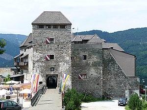 Burg Oberkapfenberg – Frontansicht