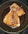 Cá diêu hồng chiên trong chảo, gọi là pan fish 20200521.jpg