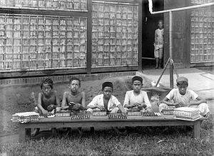 Smoking in Indonesia - Child labour in the Kretek industry of the Dutch East Indies era.