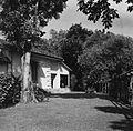 COLLECTIE TROPENMUSEUM Tuin bij het huis van Paul Spies aan de Parapattan 42 Djakarta TMnr 60024455.jpg