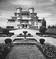 COLLECTIE TROPENMUSEUM Villa Isola aan de Lembangweg bij Bandoeng TMnr 60026637.jpg