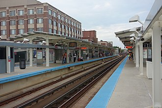 Fullerton station (CTA) - Image: CTA Red Line Fullerton and Skokie