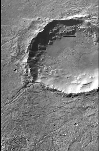 Icaria Planum - Image: CTX Context image for layered mantle