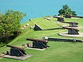 Cañones en la Fortaleza de Anhatomirim.jpg