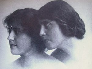Carin Göring - Carin and Lily Fock