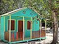 Casa de madera en el Parque Biouniverzoo. - panoramio.jpg