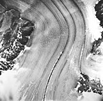Casement Glacier, valley glacier with winding medial moraine, August 22, 1965 (GLACIERS 5287).jpg