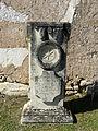 Cause-de-Clérans cimetière Cause pierre tombale.JPG