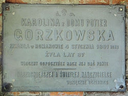 Cemetery in Wisznice (closed) - trihedral tombstone - 04.jpg