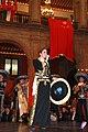 Cena de Estado que en honor del Excmo. Sr. Xi Jinping, Presidente de la República Popular China, y de su esposa, Sra. Peng Liyuan (8959183637).jpg