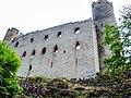 Château d'Andlau. Muraille est et tours nord et sud.jpg