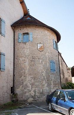 Château de Quingey.jpg