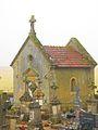 Chapelle cimetiere Laix.JPG