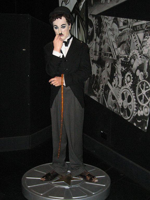 File:Charlie Chaplin i...