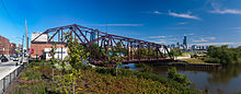 Cherry Ave bridge west panorama 20100725.jpg
