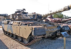 Chieftain-MkIII-latrun-2.jpg