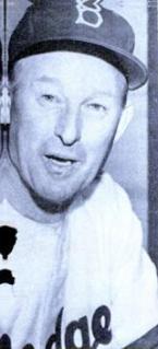 Chuck Dressen American baseball player, coach, manager