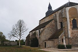 Church of Coulours (Yonne) (flickruser1banaan).jpg
