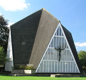 Broadbridge Heath - Image: Church of St John