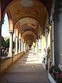 Cimitero maggiore corridoio.jpg