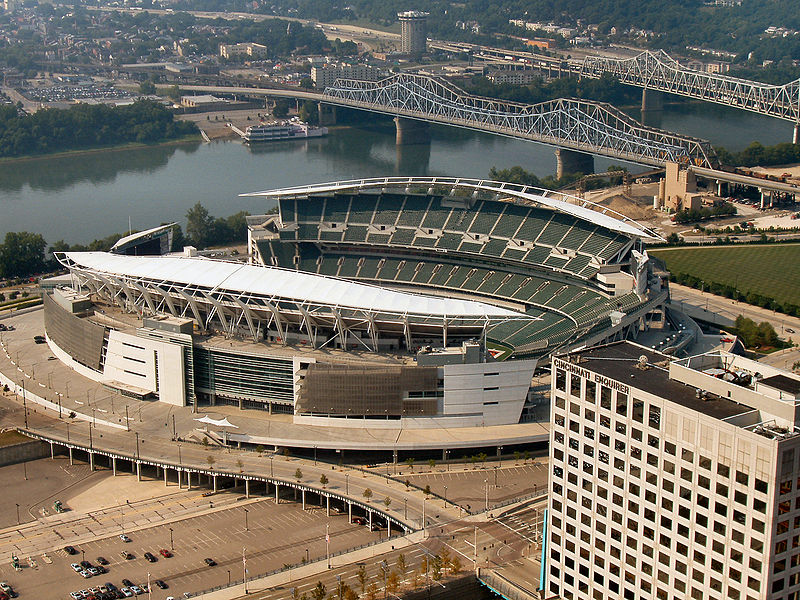 File:Cincinnati-paul-brown-stadium2.jpg