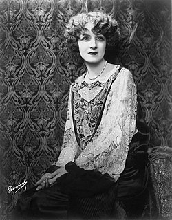 Claire Windsor American actress